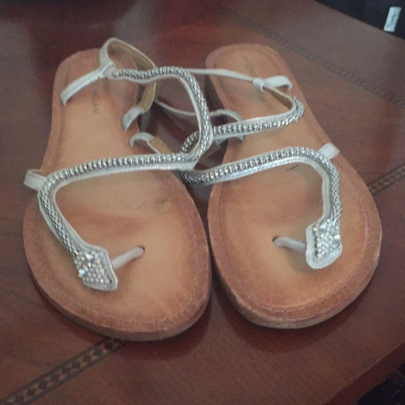 27666f554cae ANTONIO MELANI Shoes - Pewter Silver Antonio Melani Snake Sandals